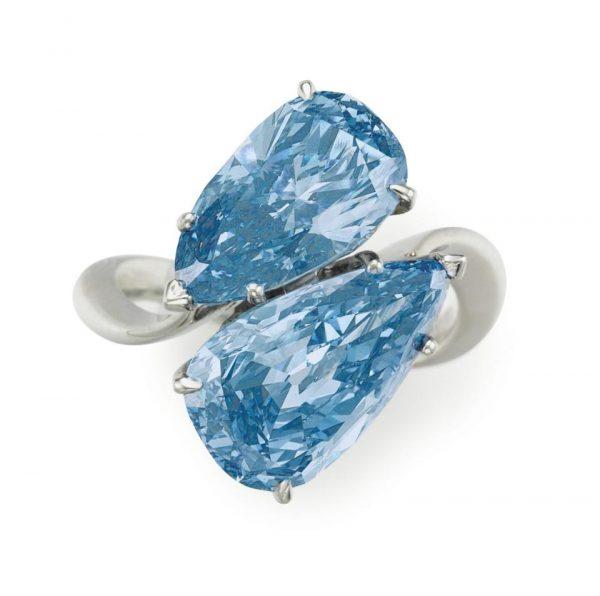 Fancy-Vivid-Blue-Diamond-Ring_By _Graff_Jewellers