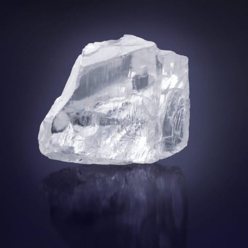476 Carat Meya Prosperity Diamond
