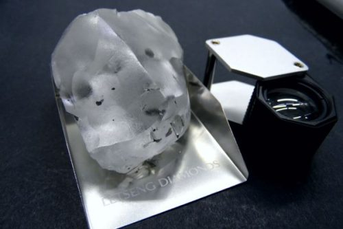 910 Carat Rough Diamond