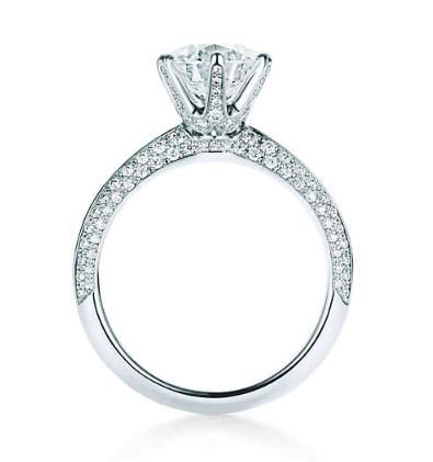 Tiffany style ring