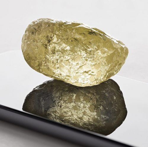 552 Carat Canadian rough diamond