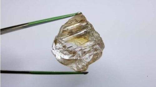 130 Carat rough diamond from Lulo Angola