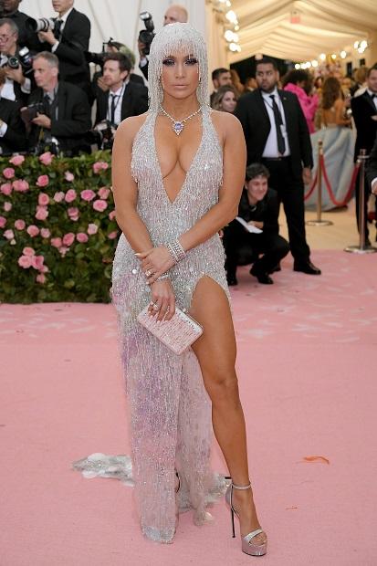 Jennifer Lopez wore Harry Winston jewellery