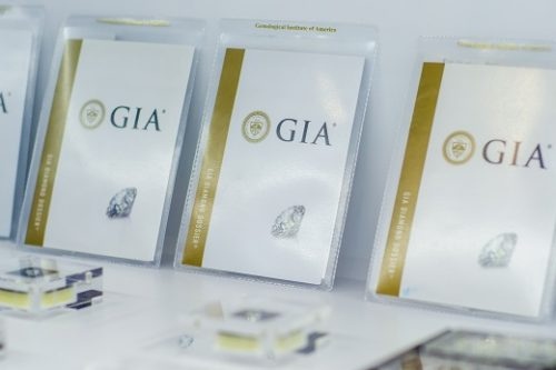 GIA dossiers credit